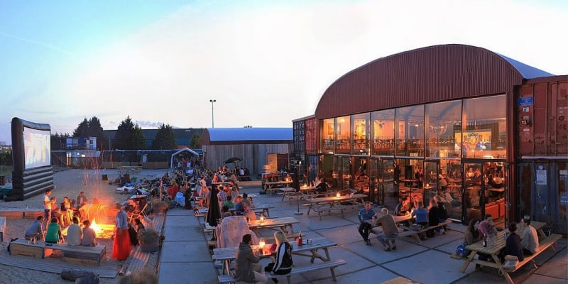 World Blend Café – dinsdag 25 september – Pllek